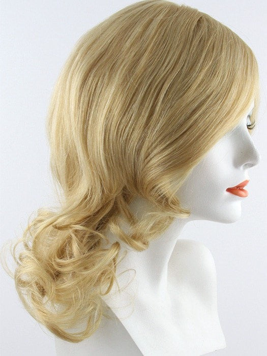 24B22RN | Light Natural Blonde and Light Natural Gold Blonde Blend (Human Hair Renau Natural)