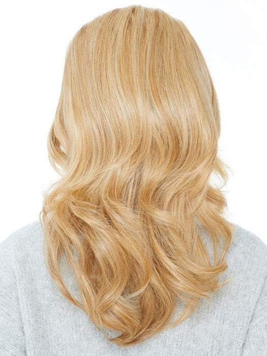 Heat-friendly fiber comes softly curled but can be flat ironed | Color: HT25