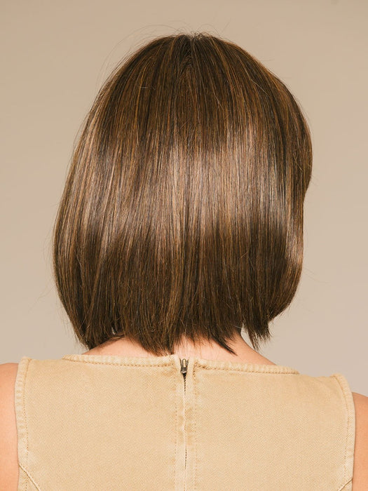 CLASSIC CUT by RAQUEL WELCH in RL5/27 GINGER BROWN | Warm Medium Brown Evenly Blended with Medium Golden Blonde