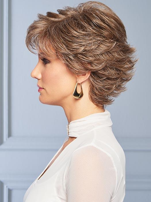 Wear this versatile cut smooth and slick or fluff up the flipped end