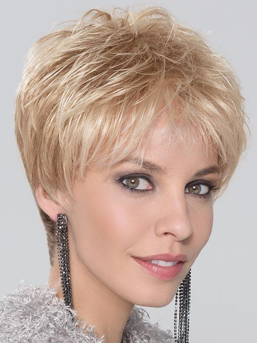 With a lace front hairline and the soft pieced out bangs, you have a natural look
