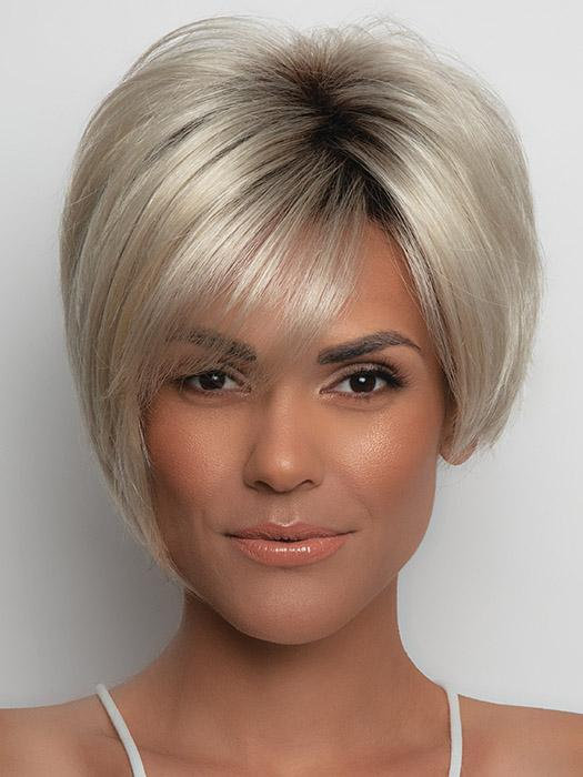 A sharp bob that forms the face. Sexy and sleek, Susanne is the perfect pick up and go style!