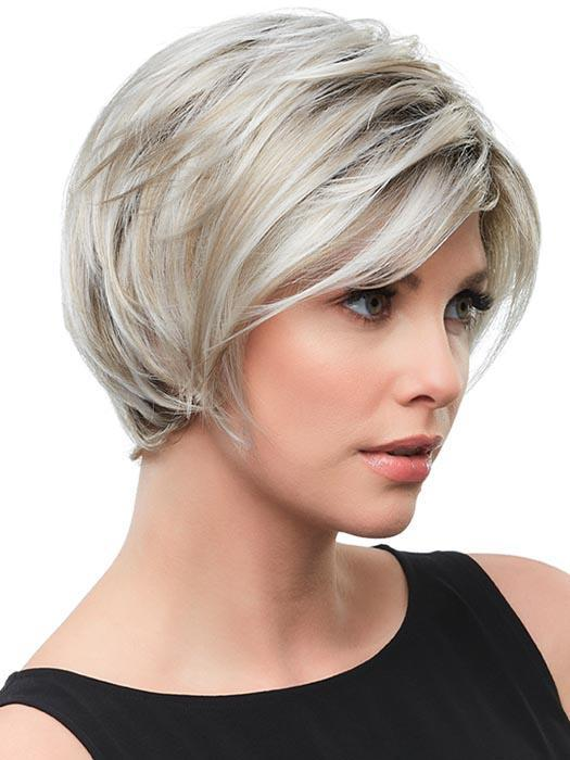 This jaw-hugging short bob goes from casual to cosmopolitan with a sweep of the bangs