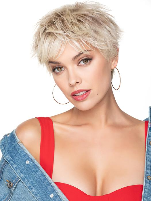 A high energy cropped haircut with a smooth wave that frames the face