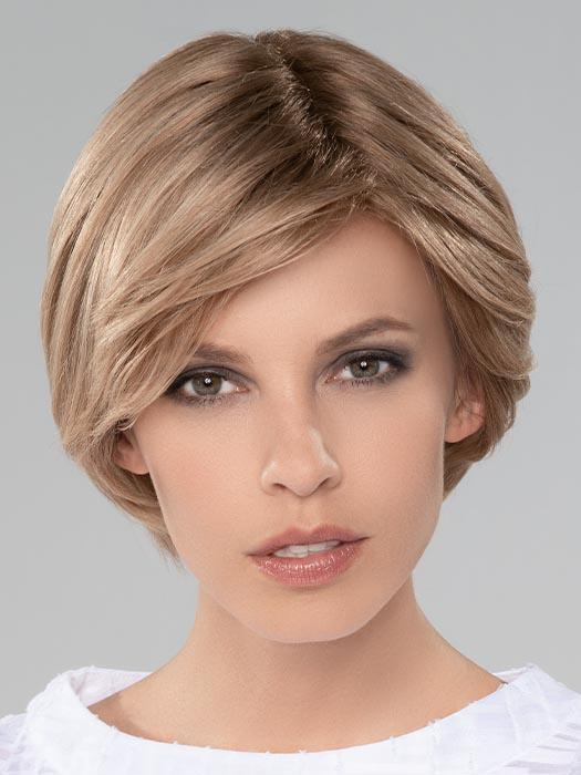 DIA by ELLEN WILLE in CHAMPAGNE MIX | Light Beige Blonde, Medium Honey Blonde, and Platinum Blonde blend