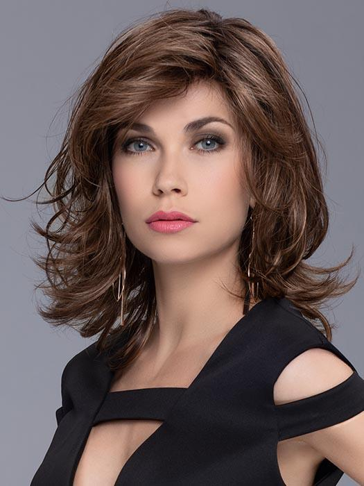 This shoulder length wig is incredibly flattering with all over layers and a slight flip which flatters any face shape