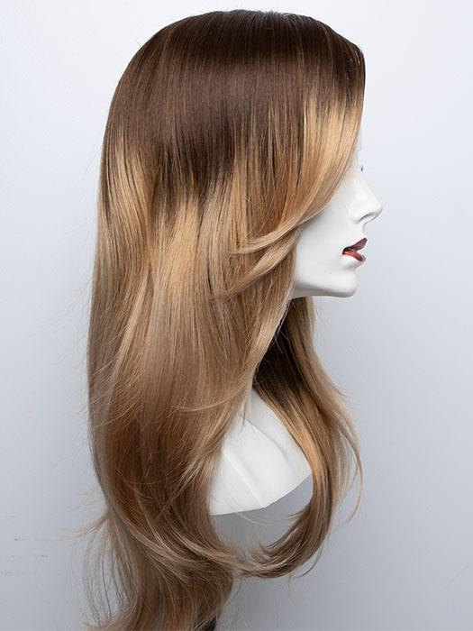 BANANA SPLIT LR | The base is a slightly warmer brown that quickly shifts to a light golden blonde. I would best describe this color as a heavily rooted blonde