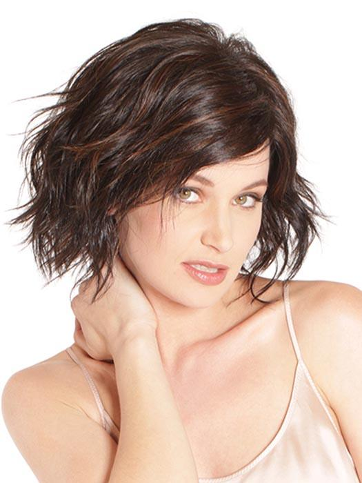 This chin-grazing, wavy bob is textured in all the right places to give an edgy everyday hairstyle.