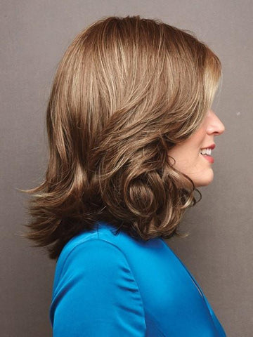 CARRIE by Noriko in HONEY WHEAT R | Light Brown Base with Honey Blonde Highlights and Dark Brown Roots