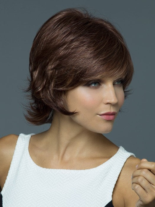Style the hair soft or tousled | Color: Auburn Sugar