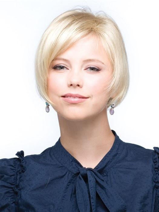 MEDIUM TOP PIECE by Rene of Paris in GOLD BLONDE | Medium Gold Blonde and Light Gold Blonde Blend