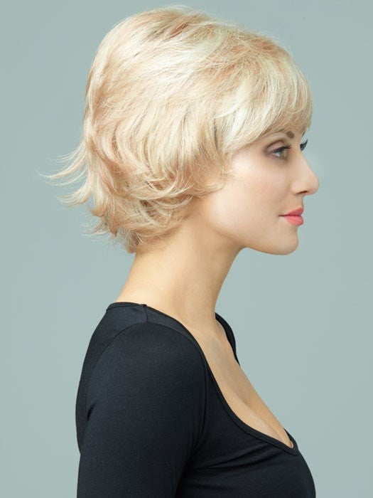 Revlon Wigs Paisley : Profile View | Color 223/23C (Sugar Cookie)