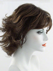 SS8/29 SHADED HAZELNUT | Rich Medium Brown Evenly Blended with Golden Blonde Highlights with dark roots
