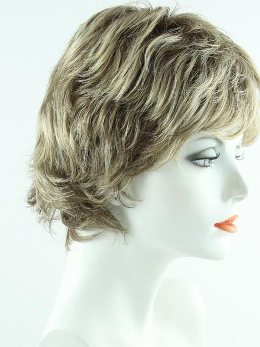 SS12/22 SHADED CAPPUCCINO | Light Golden Brown Evenly Blended with Cool Platinum Blonde Highlights and Dark Roots