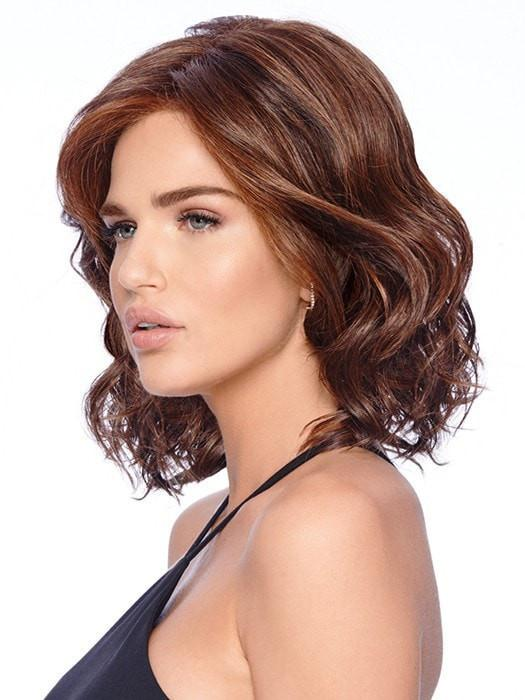 This above the shoulder layered bob wig comes styled with loose, bouncy waves.