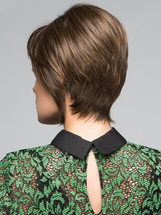 Tapered Neckline | Color: SS4/6 Rich Dark Brown with even Darker Roots