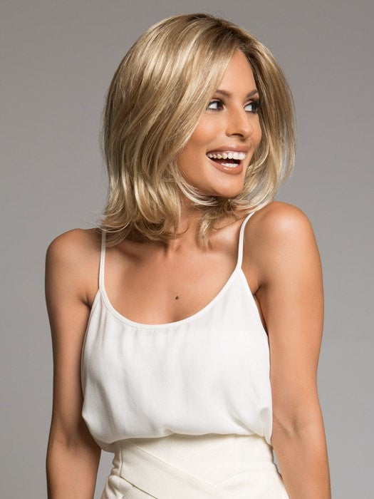 Soft, flipped ends add style and movement | Color: SS14/88H