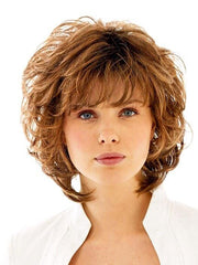 A wavy style with a wispy bang and built-in volume that gives you nice lift at the root