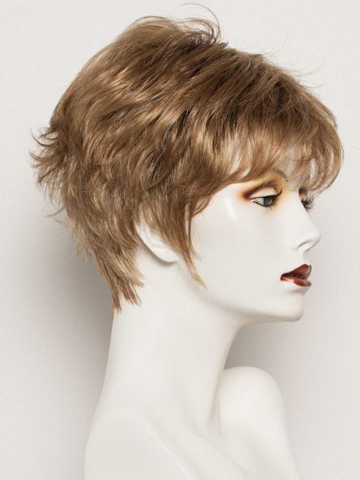 SS14/25 - Honey Ginger - Dark Strawberry Blonde Blended With Pale Gold Blonde and Medium Brown Roots