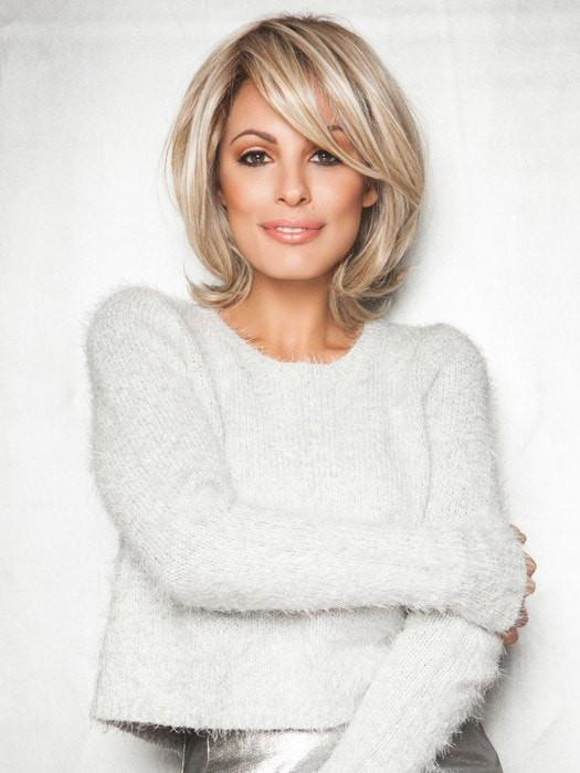 UPSTAGE WIG by Raquel Welch in RL19/23SS | SHADED BISCUIT Light Ash Blonde Evenly Blended with Cool Platinum Blonde with Dark Roots