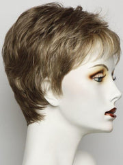R13F25 PRALINE FOIL | Neutral Medium Brown With Pale Gold Blonde Highlights Around the Face