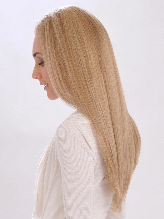 Long length with subtle layering | Color: 18/22