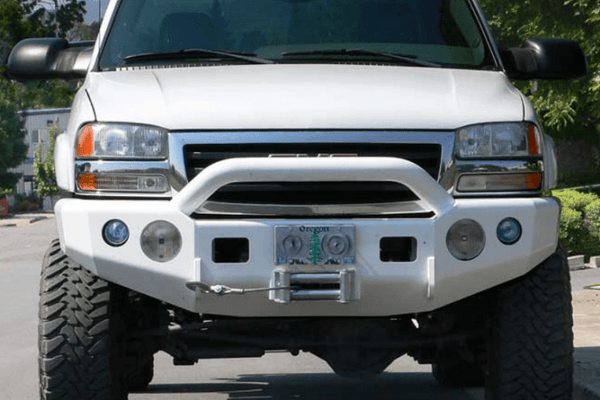 TrailReady 10400P Chevy Silverado 2500/3500 2003-2007.5 Extreme Duty Front Bumper Winch Ready with Pre-Runner Guard