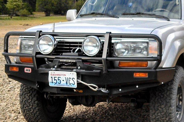 ARB 3411050 Toyota Land Cruiser 1990-1997 Deluxe Front Bumper 80 Series Winch Ready with Grille Guard, Black Powder Coat Finish