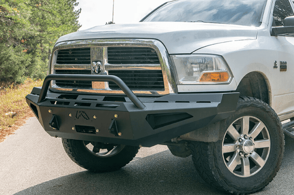 Fab Fours Red Steel DR10-RS2962-1 Dodge Ram 4500/5500 2010-2018 Front Bumper Winch Ready Pre-Runner Guard