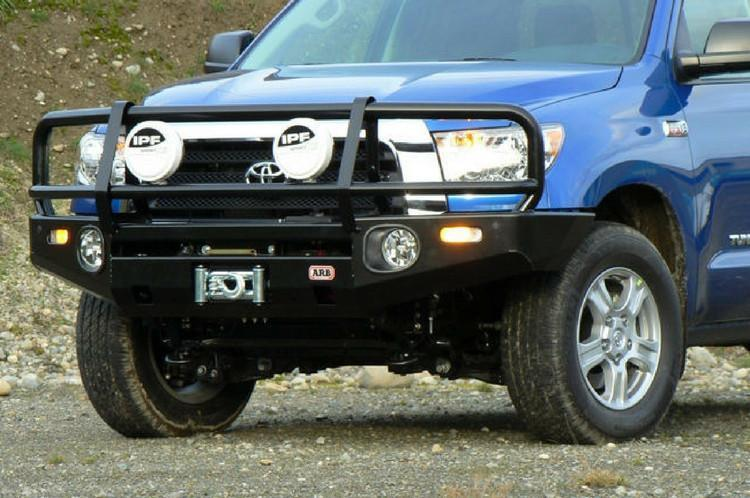 ARB 3415010 Toyota Tundra 2007-2013 Deluxe Front Bumper Winch Ready with  Grille Guard, Black Powder Coat Finish