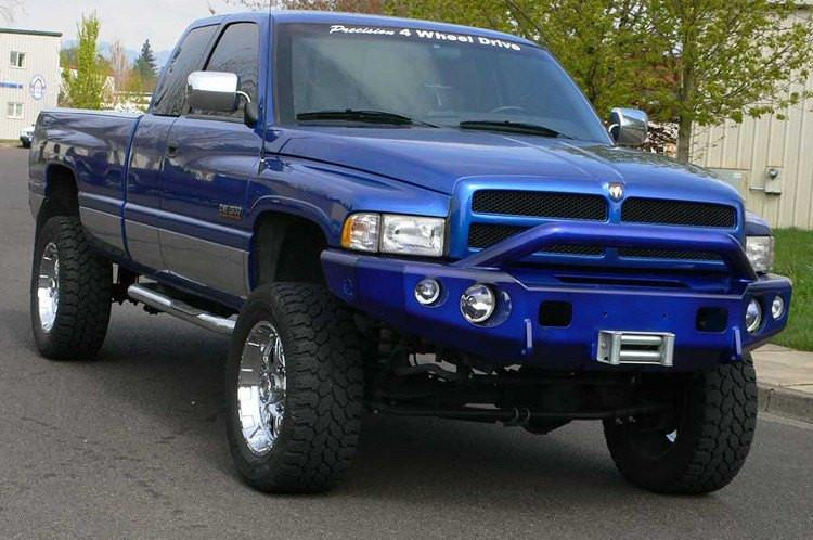 2001 Dodge Ram 2500 Bumper >> Trailready 11300p Dodge Ram 2500 3500 1994 2002 Extreme Duty Front Bumper Winch Ready With Pre Runner Guard