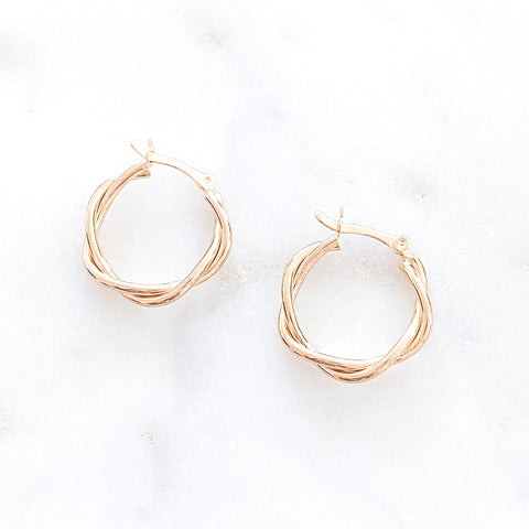 Medium Twisted Hoops