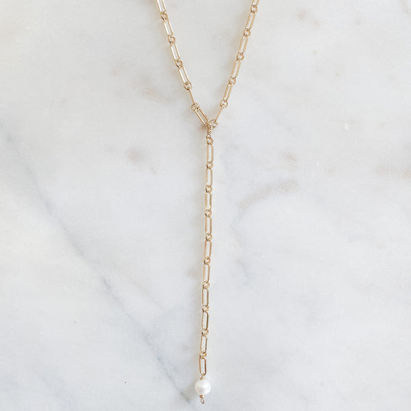 Elongated Lariat with Pearl