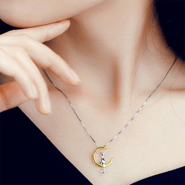 Kat - Moon Swing Necklace