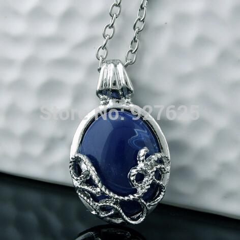 Daylight Amulet Necklace - Vampire Diaries