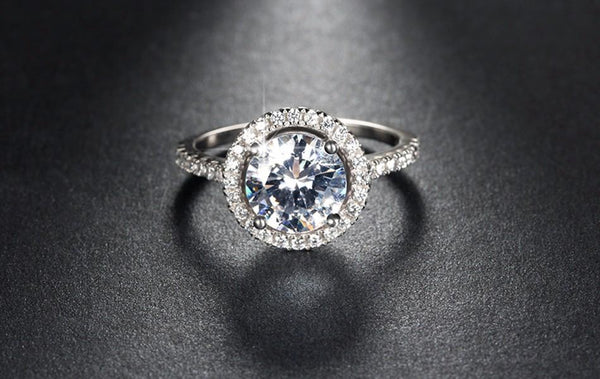 Circular Crystal Rim 1.4ct CZ Ring