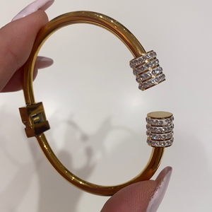 Gold Clasp Bangle