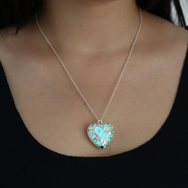 Romantic Turquoise Glow In the Dark Heart Pendant Necklace