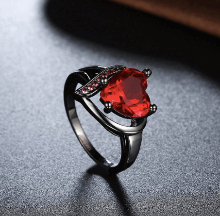 January Birthstone Garnet Heart Princess Ring - Fantasy Jewelry Online