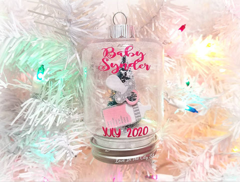Pregnancy Snow Globe Ornament - love-in-the-city-shop
