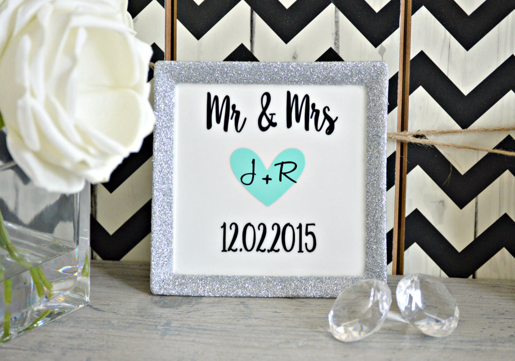 Mr and Mrs Wedding Ring Dish - love-in-the-city-shop