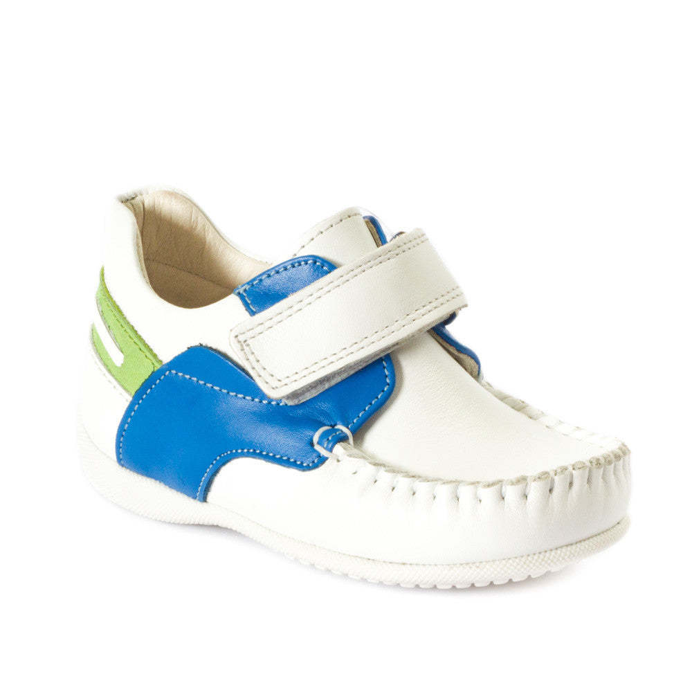 Hero image for DASH JUNIOR smart leather moccasins