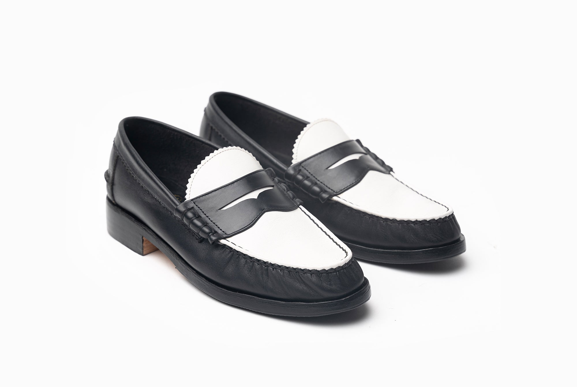The Grand Spectator Loafers - Black