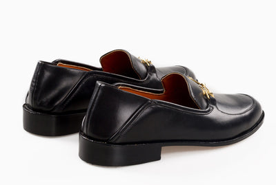 Collapsible heel loafer for women in black from Marquina Shoemaker Philippines