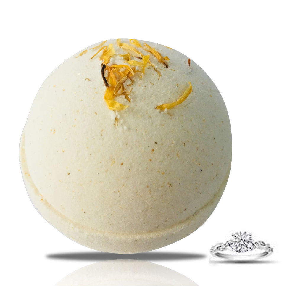Clove & Candela Ring Bath Bomb by Soapie Shoppe