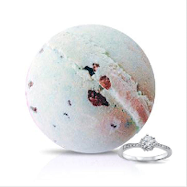 SEAWEED and PEPPERMINT Ring Bath Bomb by Soapie Shoppe