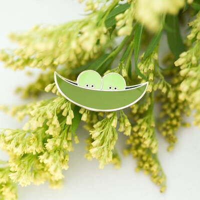 Paper Hearts - Enamel Pin - Two Peas In A Pod