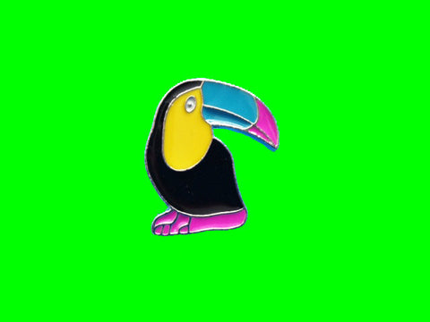 Toucan summer enamel pin