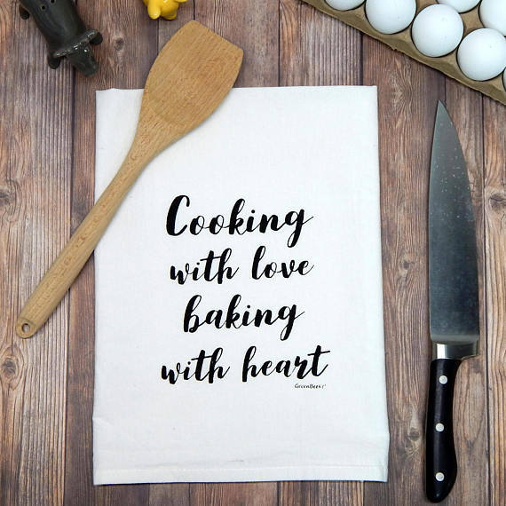 Cooking with love, baking with heart - red