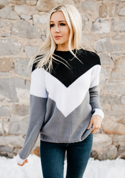 Loving The Chevron Sweater - Black